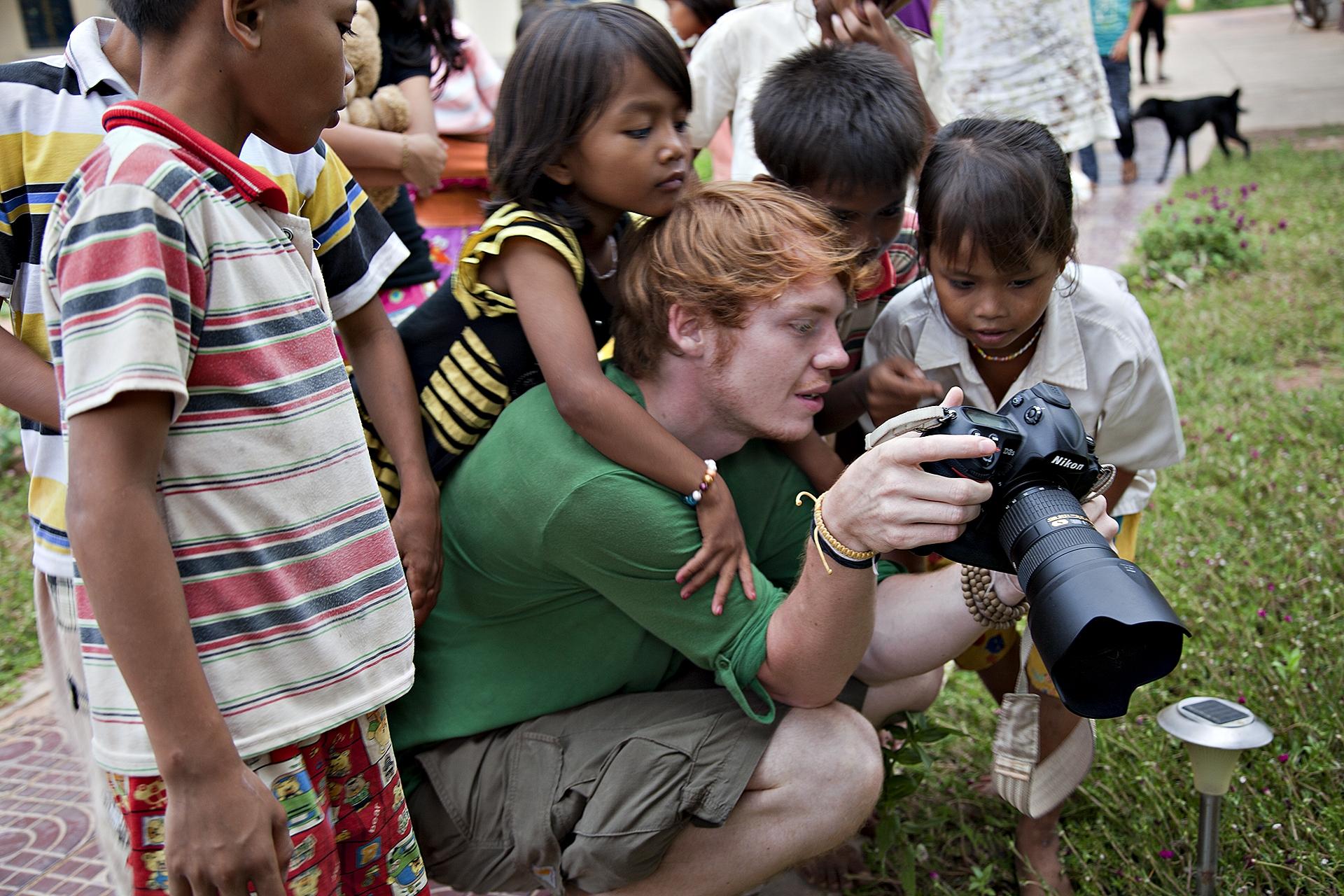 Josh Feitelson im Kinderdorf Tani (Kambodscha)